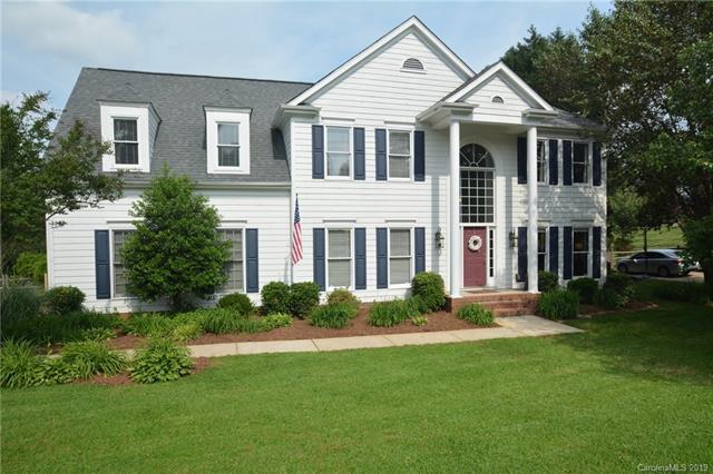 1470 Pine Needle Lane, Mooresville, NC 28115 (#3510757) :: Rinehart Realty