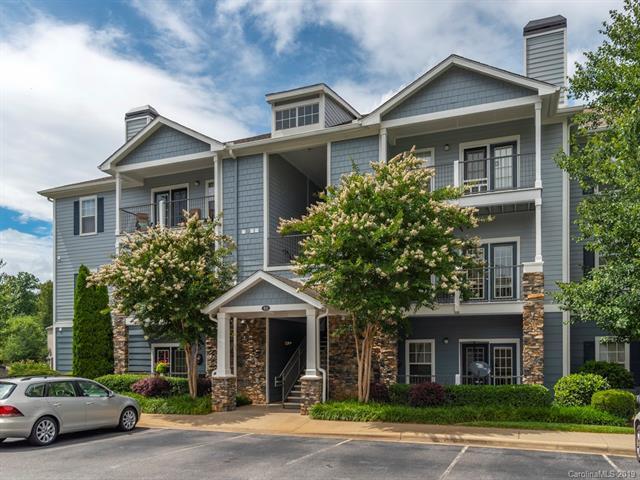 600 Vista Lake Drive #103, Candler, NC 28715 (#3511309) :: Rinehart Realty