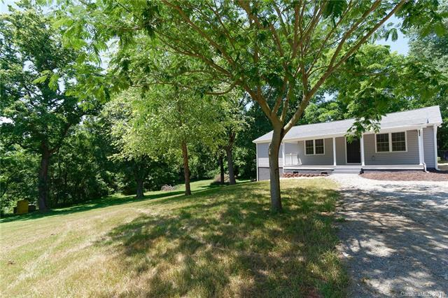 2628 Southside Road, Lincolnton, NC 28092 (#3511845) :: Bluaxis Realty