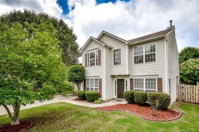 9609 Chastain Walk Drive, Charlotte, NC 28216 (#3512734) :: LePage Johnson Realty Group, LLC