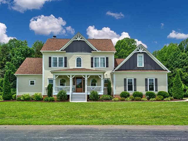 8735 Kerns Meadow Lane, Huntersville, NC 28078 (#3514419) :: Besecker Homes Team