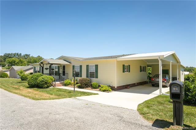 39 Stephanie Lane, Hendersonville, NC 28792 (#3515338) :: Keller Williams Professionals