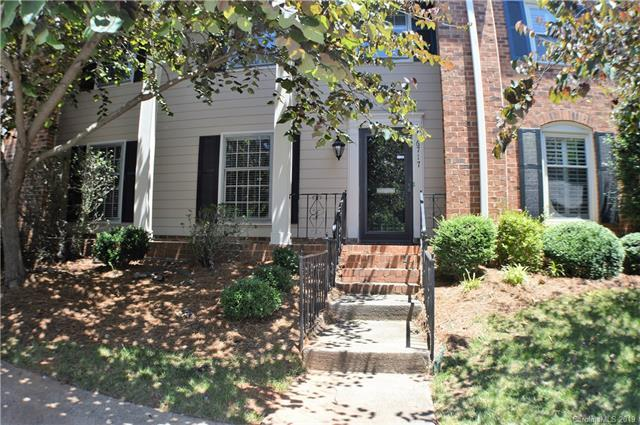 6717 Constitution Lane, Charlotte, NC 28210 (#3515773) :: LePage Johnson Realty Group, LLC