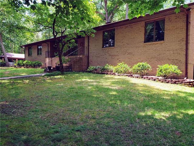 3423 Oak Ridge Circle, Lincolnton, NC 28092 (#3517977) :: Robert Greene Real Estate, Inc.