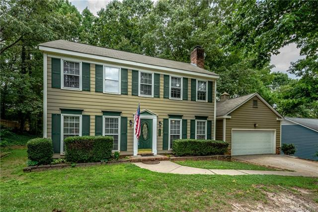 629 Silversmith Lane, Charlotte, NC 28270 (#3518198) :: Besecker Homes Team