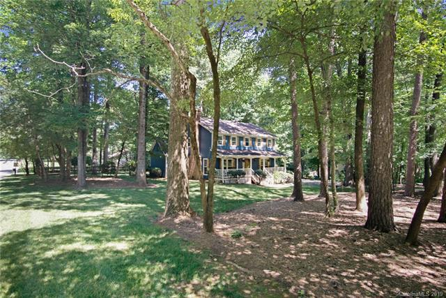 5962 Gold Wagon Lane, Mint Hill, NC 28227 (#3518736) :: LePage Johnson Realty Group, LLC