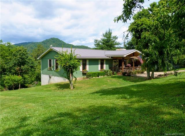142 Acorn Lane, Clyde, NC 28721 (#3519445) :: Carlyle Properties