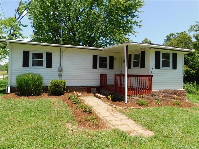 1003 John Delk Road, Hendersonville, NC 28792 (#3520098) :: Rinehart Realty