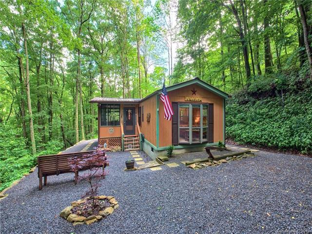 228 Mountain Laurel Road, Maggie Valley, NC 28751 (#3520452) :: Rinehart Realty