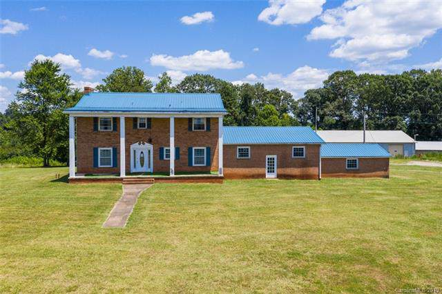 654 Whites Farm Road, Statesville, NC 28625 (#3520740) :: LePage Johnson Realty Group, LLC