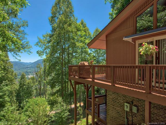 110 Eagle Fork Drive, Waynesville, NC 28786 (#3520811) :: LePage Johnson Realty Group, LLC