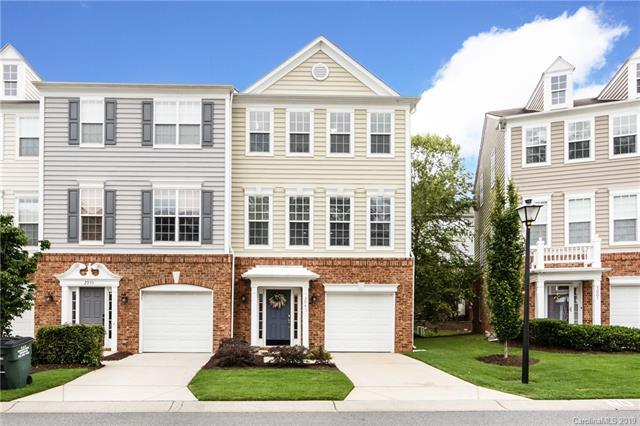 2947 Castleberry Court, Charlotte, NC 28209 (#3521154) :: The Andy Bovender Team