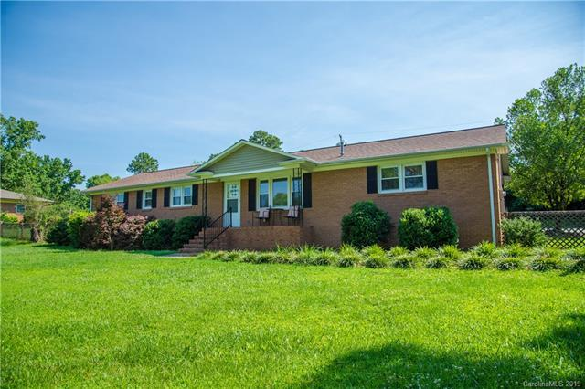 165 Kensett Avenue, Charlotte, NC 28214 (#3521390) :: LePage Johnson Realty Group, LLC