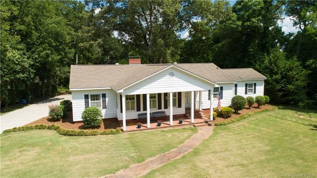 351 Country Club Drive, Rock Hill, SC 29730 (#3522313) :: Roby Realty
