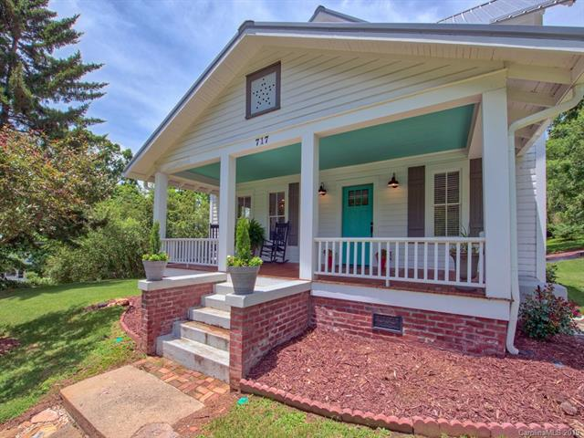 717 East Street, Waynesville, NC 28786 (#3522979) :: RE/MAX RESULTS