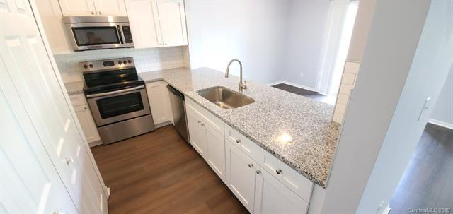 20109 Henderson Road C, Cornelius, NC 28031 (#3523075) :: MartinGroup Properties