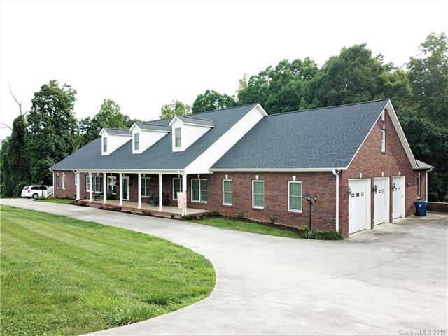 7382 Woodland Hills Road, Hickory, NC 28602 (#3523576) :: Stephen Cooley Real Estate Group