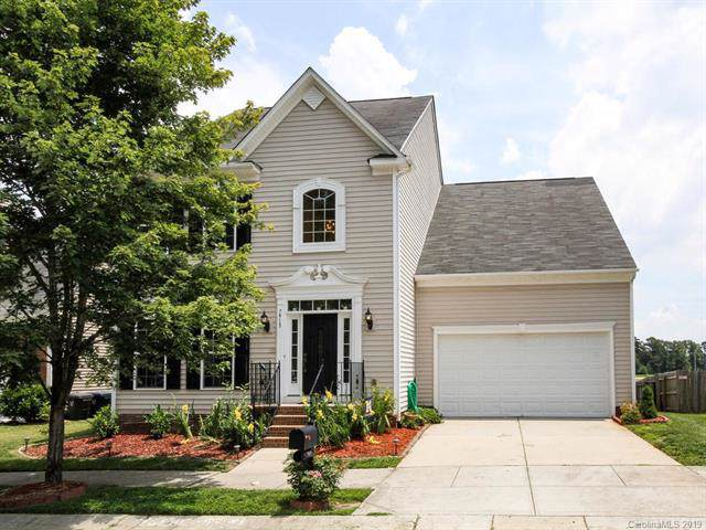 7913 Bridgegate Drive, Huntersville, NC 28078 (#3524001) :: MartinGroup Properties