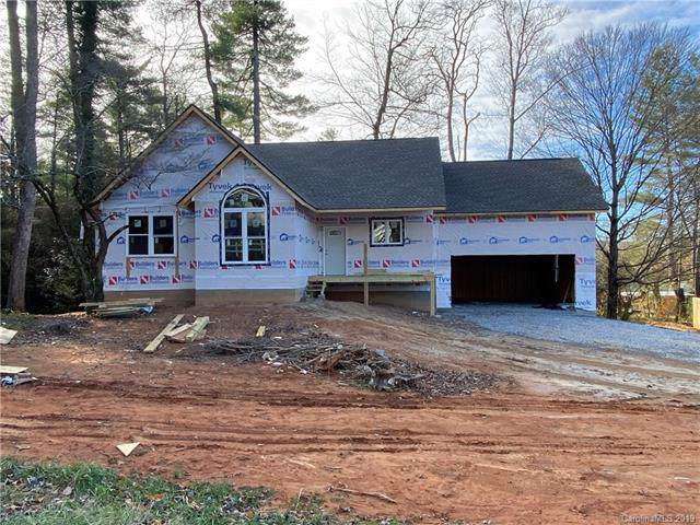 328 Wayside Lane, Hendersonville, NC 28792 (#3525813) :: Rinehart Realty