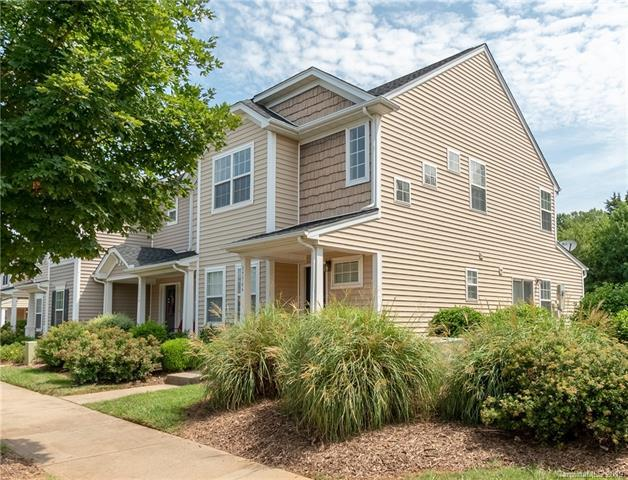 17746 Caldwell Track Drive, Cornelius, NC 28031 (#3526299) :: High Performance Real Estate Advisors
