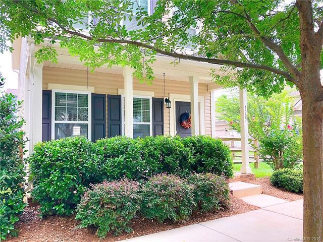 7007 Mclothian Lane, Huntersville, NC 28078 (#3526612) :: Besecker Homes Team