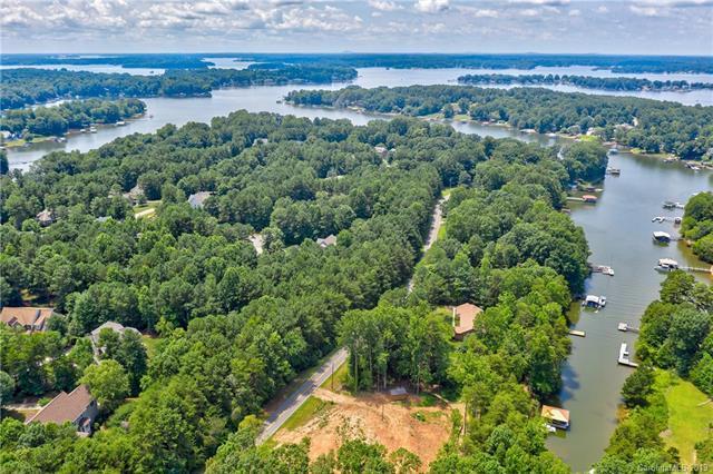 541 Kemp Road, Mooresville, NC 28117 (#3526631) :: Rinehart Realty