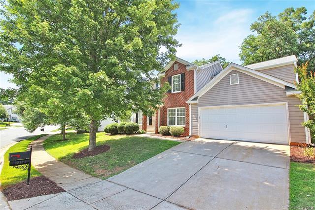 10322 Haddington Drive, Charlotte, NC 28269 (#3526686) :: High Performance Real Estate Advisors