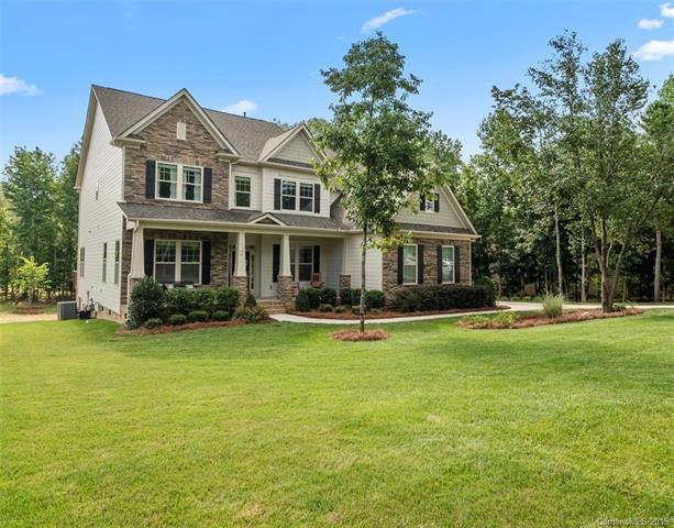 1304 Vickery Drive, Matthews, NC 28104 (#3528052) :: Carolina Real Estate Experts
