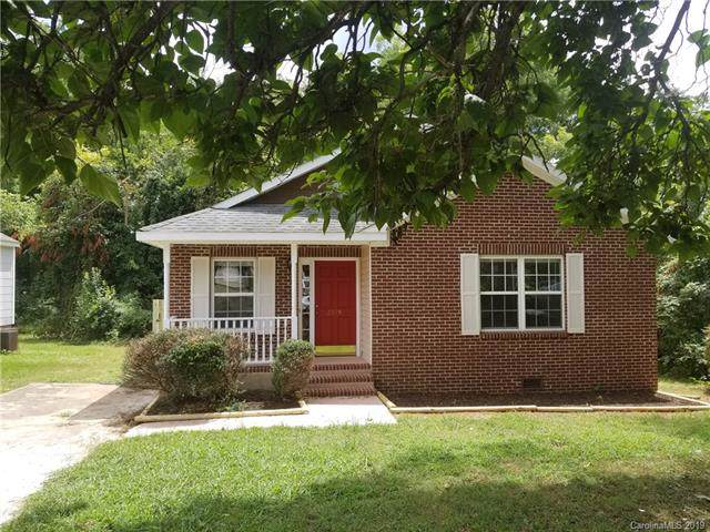 2325 Sanders Avenue, Charlotte, NC 28216 (#3528360) :: Besecker Homes Team