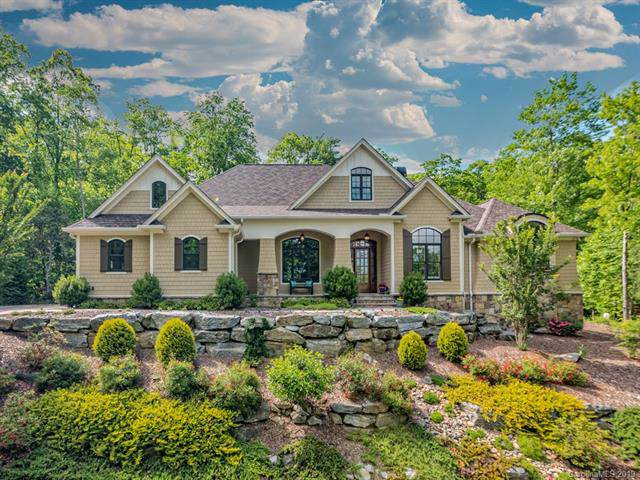 97 High Fields Court, Hendersonville, NC 28791 (#3529536) :: Rinehart Realty