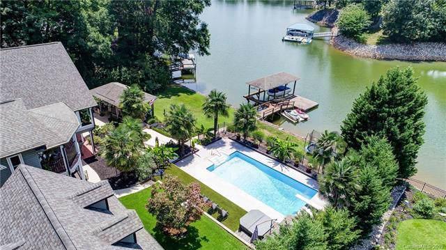 4625 Water Oak Drive, Lake Wylie, SC 29710 (#3529549) :: Washburn Real Estate