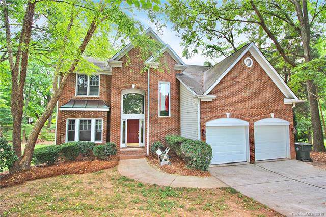 20712 Willow Pond Road, Cornelius, NC 28031 (#3530032) :: Team Honeycutt