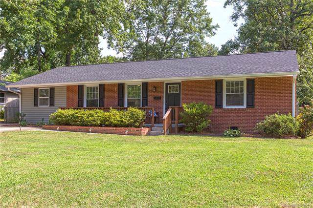 3932 Foxford Place, Charlotte, NC 28215 (#3530357) :: Francis Real Estate