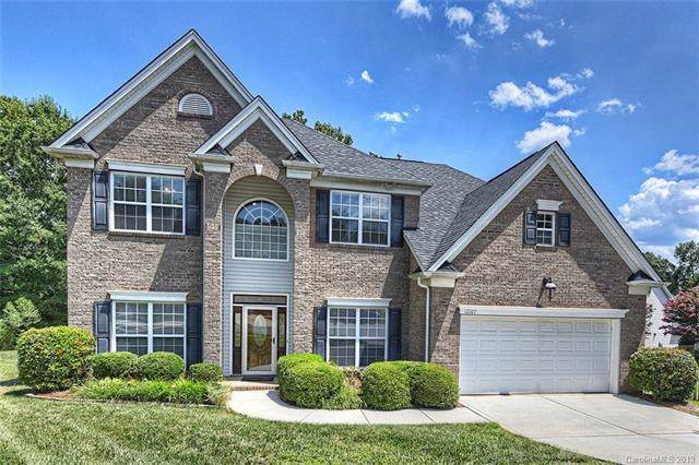 12107 Crescent Run Court, Charlotte, NC 28277 (#3530551) :: The Elite Group