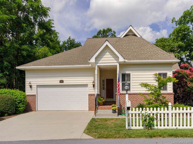 120 Carriage Summit Way, Hendersonville, NC 28791 (#3531339) :: Keller Williams Professionals