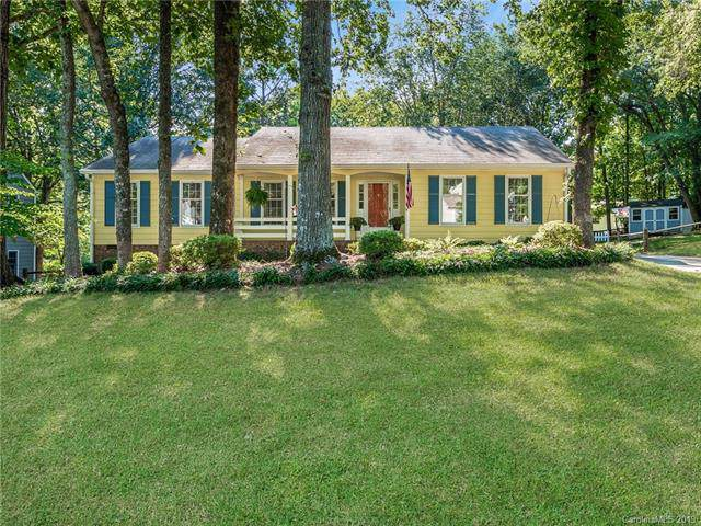 11519 Painted Tree Road, Charlotte, NC 28226 (#3532303) :: Carlyle Properties