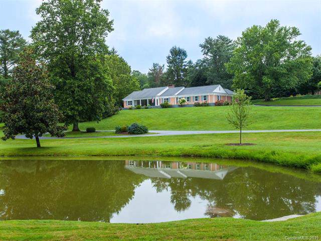 105 Archer Circle, Hendersonville, NC 28791 (#3532502) :: MartinGroup Properties