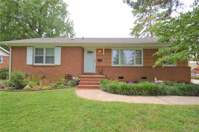 4447 Mapleleaf Lane, Charlotte, NC 28208 (#3534745) :: Carlyle Properties