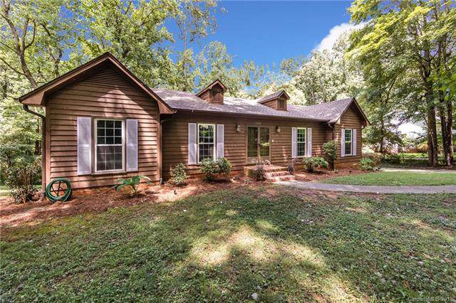 7605 Timber Ridge Drive, Mint Hill, NC 28227 (#3540196) :: Odell Realty