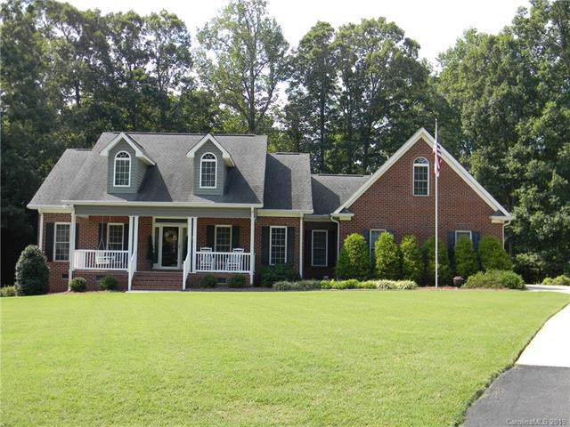 424 Patrick Henry Court, Clover, SC 29710 (#3540955) :: The Ramsey Group