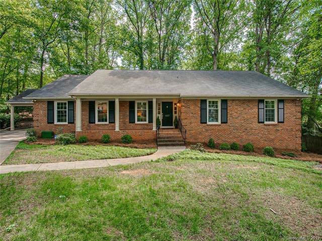 6601 Alcove Court, Charlotte, NC 28210 (#3542314) :: Cloninger Properties