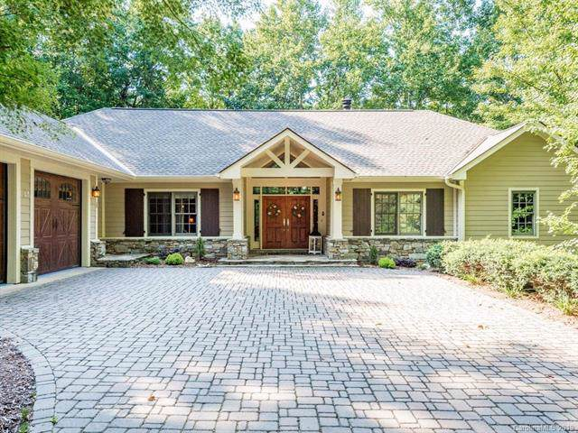 115 Little Cherokee Ridge, Hendersonville, NC 28739 (#3542374) :: Caulder Realty and Land Co.