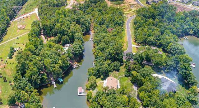 646 Sandbar Point #70, Lake Wylie, SC 29710 (#3542860) :: Mossy Oak Properties Land and Luxury