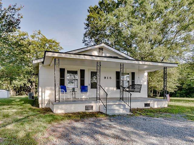 915 Sikes Mill Road, Monroe, NC 28110 (#3543553) :: Carver Pressley, REALTORS®