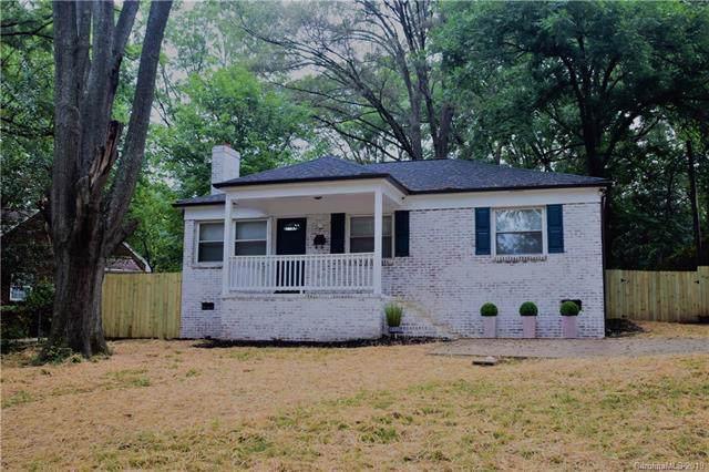 3500 Mathis Drive, Charlotte, NC 28208 (#3544703) :: Homes Charlotte