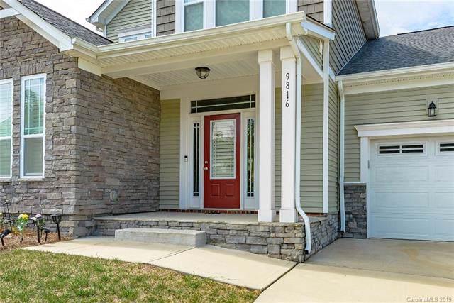 9816 Skybluff Circle, Huntersville, NC 28078 (#3545051) :: MartinGroup Properties