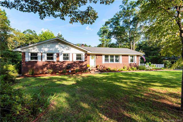 1249 Christopher Circle, Rock Hill, SC 29730 (#3545997) :: Homes Charlotte