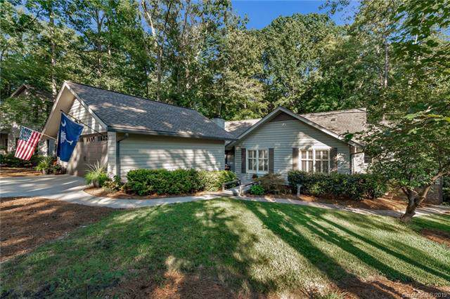 16 Hummingbird Court, Lake Wylie, SC 29710 (#3546054) :: Roby Realty