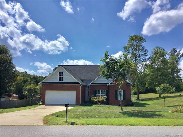 108 Whistling Pines Drive, Statesville, NC 28677 (#3547349) :: The Ramsey Group