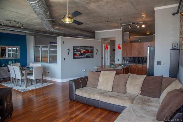 505 E 6th Street #909, Charlotte, NC 28202 (#3548083) :: Charlotte Home Experts